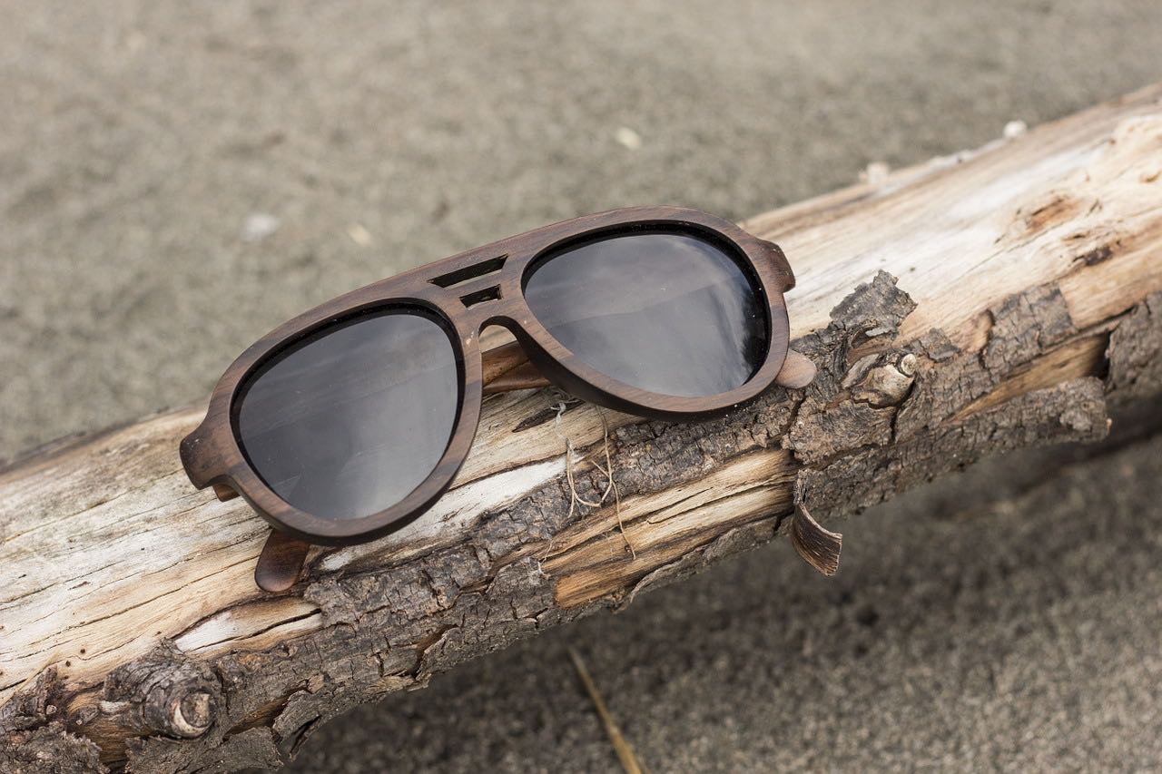 28b8c985e51 Wooden Sunglasses - ...of woodworking